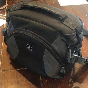 Tamrac shoulder / waist strap photo bag